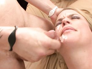 Waking Up And Pounding A Young Teen's Cunt