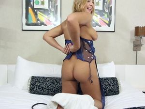 Oiled Up Tits And Ass On A Gorgeous Teenage Babe