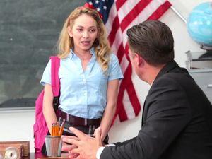 Beautiful Schoolgirl Seduces Her Sex And Gets Fucked